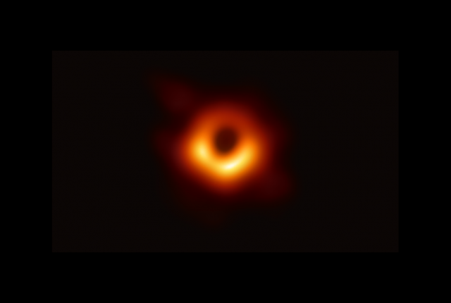 Photographing a Black Hole