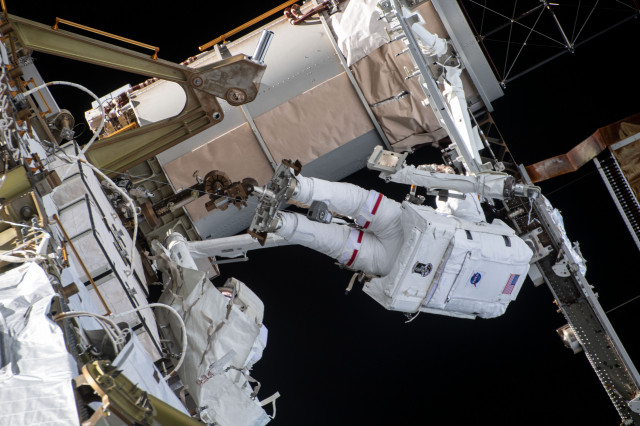 Kate Rubins Works to Upgrade the Space Station